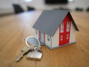 Kalkulator kredytu hipotecznego — czy warto z niego korzystać?
